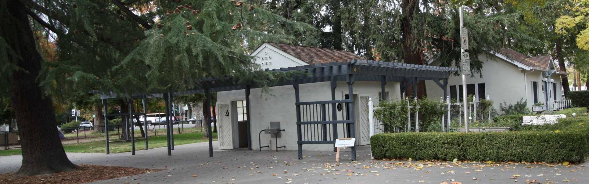 Central-Park-Restroom